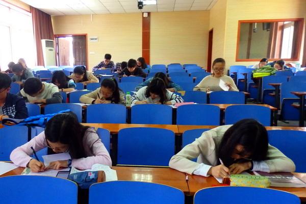 化学学院板书设计大赛及硬笔书法大赛圆满结束